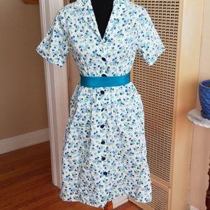 VTG Cute Handmade Floral Buttondown House Dress